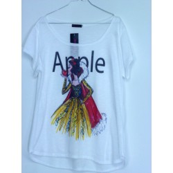 CAMISETA MEDIA MANGA BLANCA APPLE